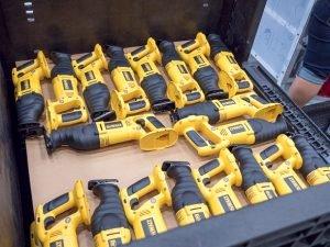dewalt-20v-max-reciprocating-saws-usa-assembly