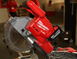 Milwaukee Miter Saw M18 Fuel 10″ Dual-Bevel Sliding Compound