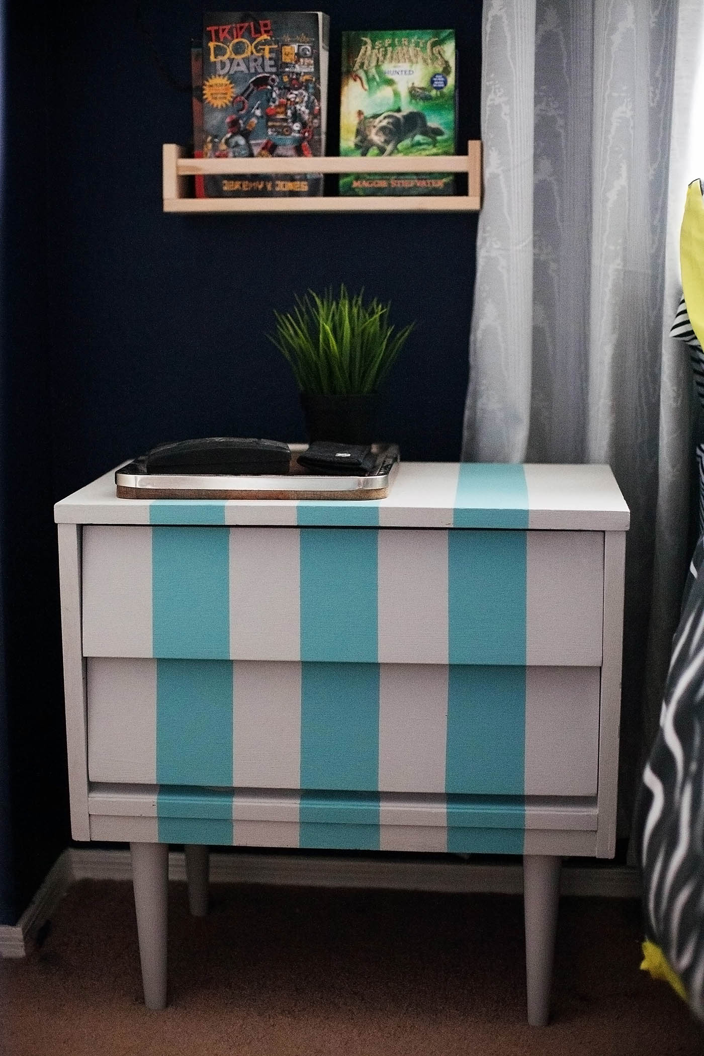 Diy striped nightstand ikea bestter choices bestter for Cheap diy nightstand